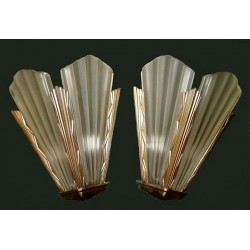 Art Deco pair of glass wall lights. Signed Degue. French. Circa 1925