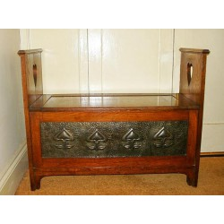 Antique Art Nouveau Oak Blanket or Shoe Box. Circa 1900