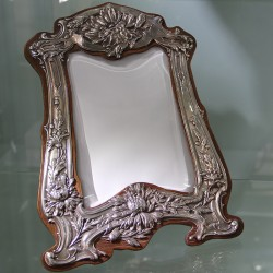 Art Nouveau Silver Photo Frame by Cohen Hewer. Chester (1904)