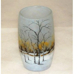 Daum winterscene vase. Cameo Glass. Signed to base - Daum Nancy with model number 623 (c.1900)