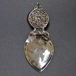 Alexander Ritchie silver caddy spoon with two birds heads and Celtic entrelac design. (1935)