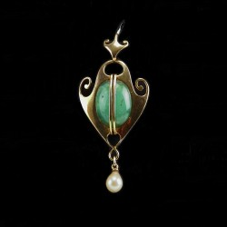 Murrle Bennett 15ct Gold Jade and Pearl Pendant (c.1900)