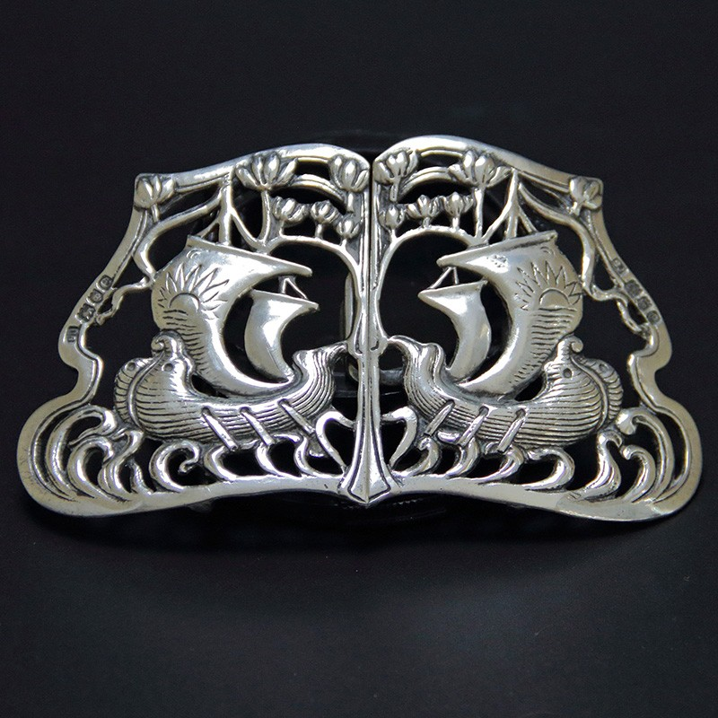 Antique silver Arts and Crafts Buckle Depicting Viking Longboats (1900)