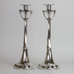 Kayserzinn Art Nouveau pewter candlesticks. Designed by Hugo Leven for J.P. Kayser Sohn (c.1900)