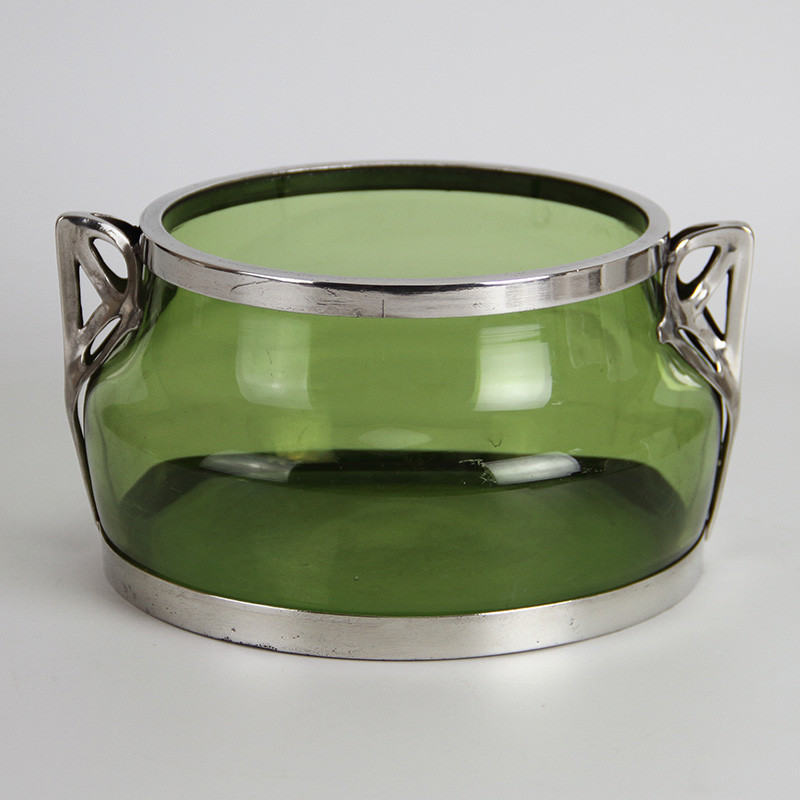 Freidrich Van Hauten Art Nouveau Pewter Mount Bowl with Green Glass Liner and Stylised Handles (c.1900)
