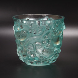 Rene Lalique Avallon Vase in Rare Turquoise Colour (c.1927)