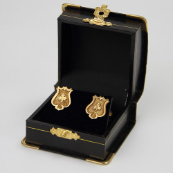 22 Carat Gold Shield Shaped Cuff Links with Dumb Bell Fittings (c.1900)