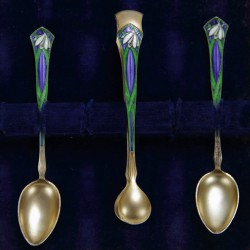 David Anderson (Norway) Art Nouveau Silver Gilt and enamel sugar tongs with two matching spoons. 1901