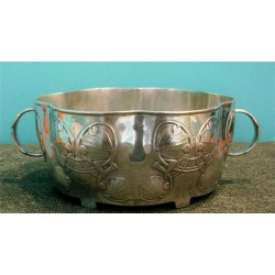 Archibald Knox for Liberty & Co pewter bowl. Stamped marks - Tudric 0755 Solkets Made in England. (c.1903)