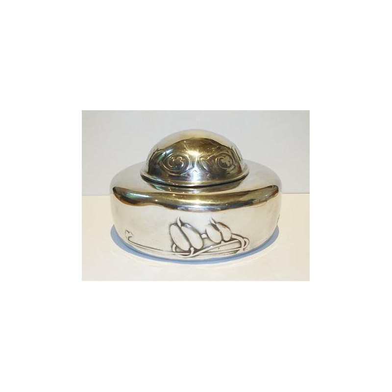 Archibald Knox for Liberty & Co pewter inkwell with clear glass liner. Stamped to base - Tudric 0162. (c.1903)