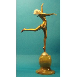 Stefan Dacon Dancing Girl bronze and ivory figure. Signed to base of figure (c.1925)