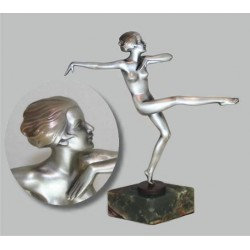 Josef Lorenzl bronze female dancer on onyx base. Signed to bronze socle (c.1925)