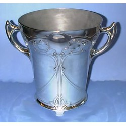 Edelzinn Pewter Ice Bucket. Marked Edelzin 1851 E Hueck (c.1900)