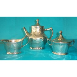Kayserzinn antique pewter three piece coffee set. All pieces stamped 4510 (c.1900)